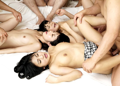 Tokyo Hot Sex Party